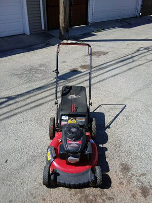 Troy Bilt lawn mower for Sale in Chicago, IL