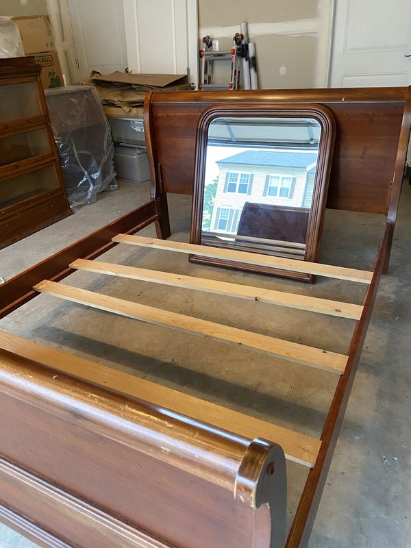 Solid Wood Queen Sleigh Bed-Must Go