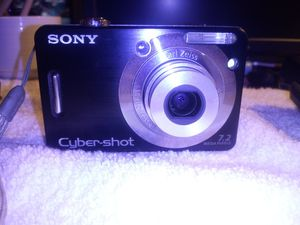 SONY CYBERSHOT DIGITA CAMERA for Sale in San Bernardino, CA
