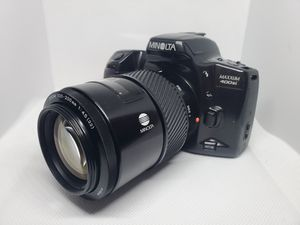 Minolta MAXXUM 400si 35mm film camera w/ 2 lenses for Sale in Newport Beach, CA