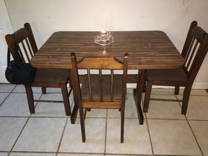 Dinning Table & Chairs for Sale in New Bern, NC