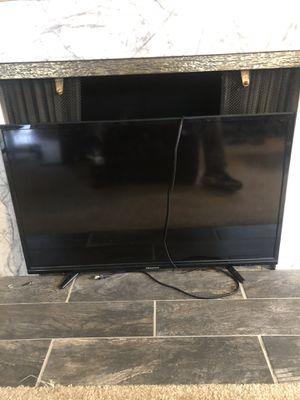 42 inch Hisense TV for Sale in Seattle, WA