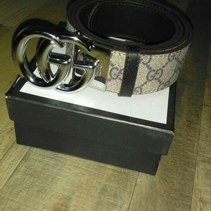 Gucci Reversible Belt (3 Colors) for Sale in College Park, MD