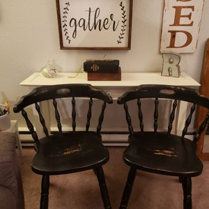 Rustic milk painted antique chairs for Sale in Edgewood, WA