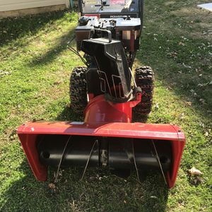 Toro 2 Stage 11HP for Sale in Valley Stream, NY
