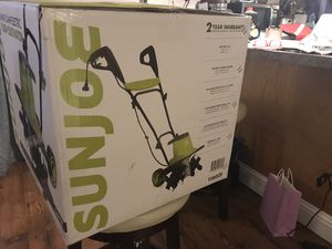 Sunjoe 16-inch Rototiller Cultivator 12-amp Electric NEW for Sale in Puyallup, WA
