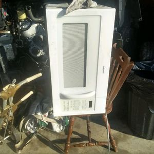 Microwave for Sale in Stafford, TX