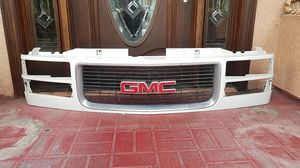 GMC 95-98 Grill part front end for Sale in San Diego, CA