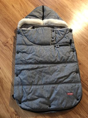 Skip Hop Three- Season Footmuff for Toddler (1 year and up) Grey color for Sale in Alexandria, VA