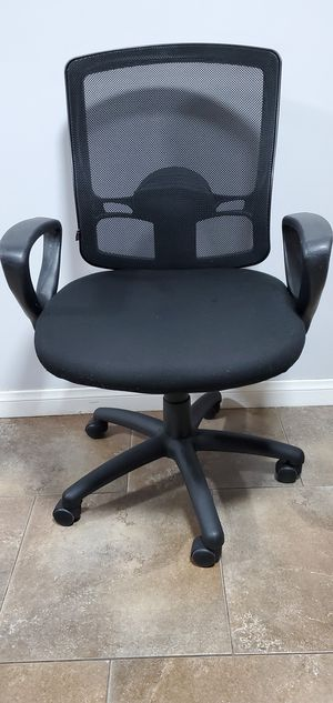 Gently Used Black Mesh Alera Office Chair $63.00 for Sale in Gardena, CA