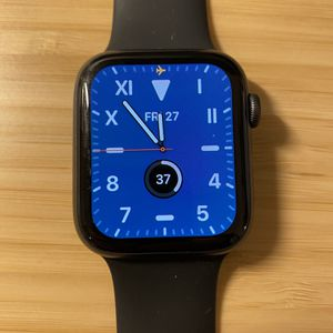 Apple Watch Series 4 - 44mm GPS for Sale in San Diego, CA