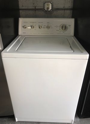 Kenmore white washer in excellent condition and 6 months warranty. We have delivery service available for Sale in Deerfield Beach, FL