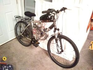 4100 Trek w,/80cc motor for Sale in St. Louis, MO