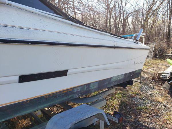 19' Stingray / boat trailer