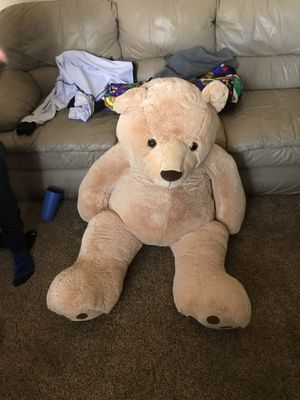 Giant 4 foot tall teddy bear - NEW for Sale in Henderson, NV