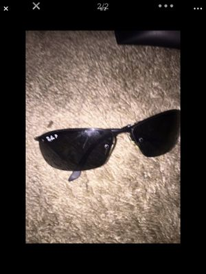 Brand new Raybans polarized sunglasses Worth 200$ w/ the case 100$ OBO for Sale in Baltimore, MD