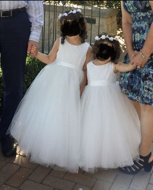 Matching Fancy flower girl dresses from David's bridal (2t/4t) for Sale in Redondo Beach, CA