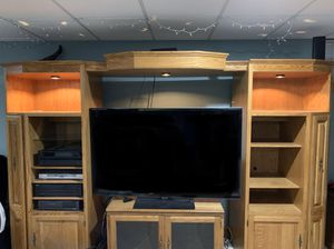 Entertainment Unit (does NOT include electronics) for Sale in Bartlett, IL