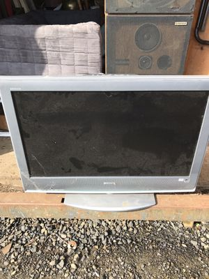 Tv with cord and remote for Sale in Aberdeen, WA
