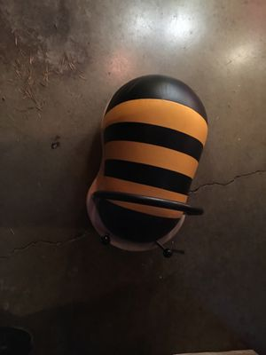 Bee ride on wiggled for Sale in Redmond, WA