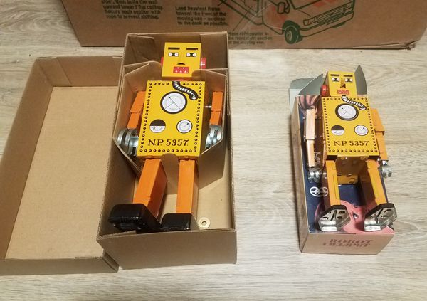 Schylling Wind Up Robot Toy Lilliput Lot of 2 New in Box