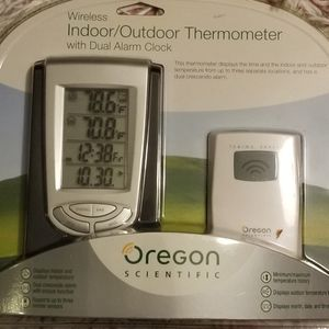 NIB Oregon Wireless Indoor/Outdoor Thermometer With Dual Alarm Clock for Sale in Baltimore, MD