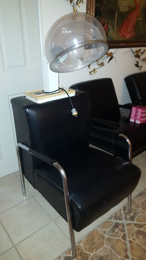 HeleneCurtis beauty salon hair dryer. Excellent condition, works like new. for Sale in El Paso, TX