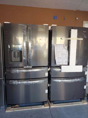Brand new black stainless and stainless steel fridges.. whirlpool for Sale in Zephyrhills, FL