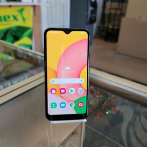Samsung Galaxy A01 Cricket for Sale in Las Vegas, NV