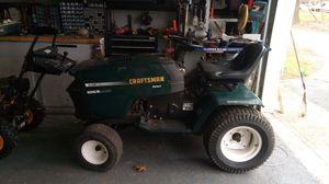 Craftsman 18 HP v twin hydra 46 inch ride on lawn mowertractor for Sale in Monsey, NY