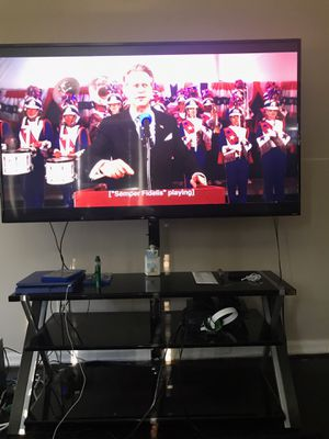 TCL 65' TV for Sale in North College Hill, OH