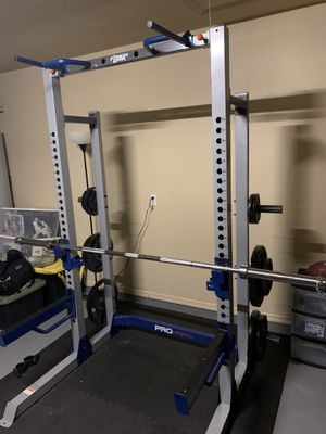 Half Rack, Weights and Bench for Sale in Hurst, TX