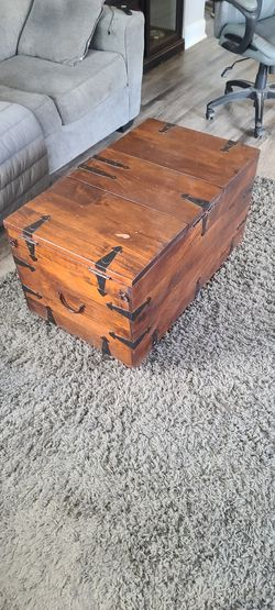 Coffee Table With Storage for Sale in Quincy,  MA