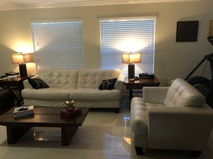 White leather couch set for Sale in Miami, FL