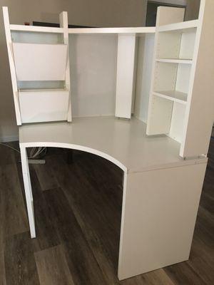 Corner Desk for Sale in Lemon Grove, CA