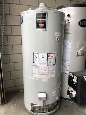 Bradford White 100 Gallon Water Heater for Sale in Los Angeles, CA