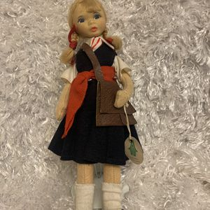Vintage Old Cottage Doll Made In England for Sale in Aurora, CO