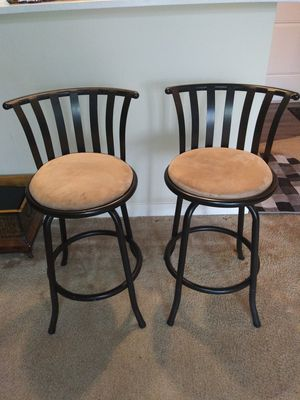 STOOL SET. ( SHORT SWIVEL BAR STOOL FOR $20 SET. ) for Sale in Bothell, WA