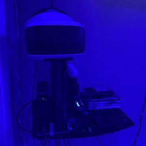 PS4 w/ VR Set for Sale in Miami, FL
