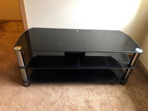 60 Inch Glass TV Stand for Sale in Tacoma, WA