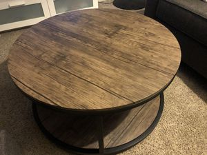 Round Brown Coffee Table for Sale in Bakersfield, CA