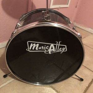 Music alley children's drum set for Sale in Fontana, CA