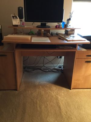 ALL IN ONE HOME OFFICE for Sale in Ontarioville, IL