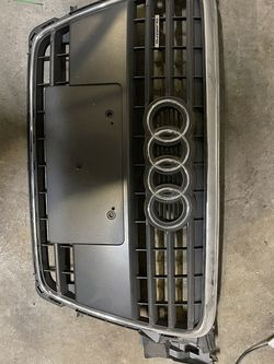 Audi Front Grill for Sale in Troutdale,  OR