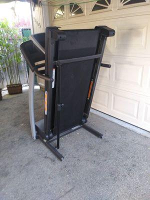 Proform treadmill 10 mph 10% incline for Sale in Los Angeles, CA