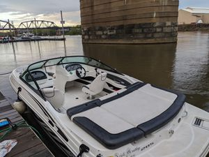 Sea Ray 205 Sport for Sale in Pittsburgh, PA