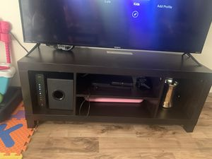 Tv stand and coffee table for Sale in Portland, OR