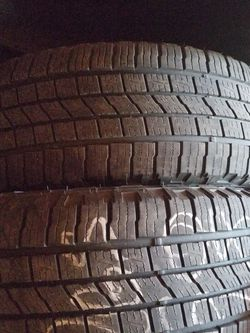 FALKEN 265 60 18 --- SET OF 4 Tires --- 80 Percent Of Thread Left for Sale in Happy Valley,  OR