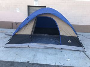 """6 person """"great condition """" tent for Sale in Compton, CA"""