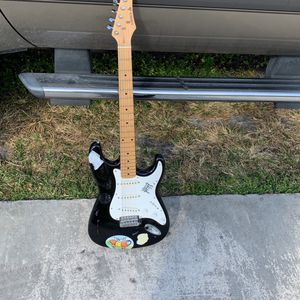 Guitar for Sale in Fort Lauderdale, FL